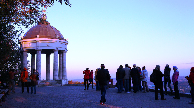 Пятигорск вошел в федеральный туристический проект «Великий шелковый путь» (stav.kp.ru)